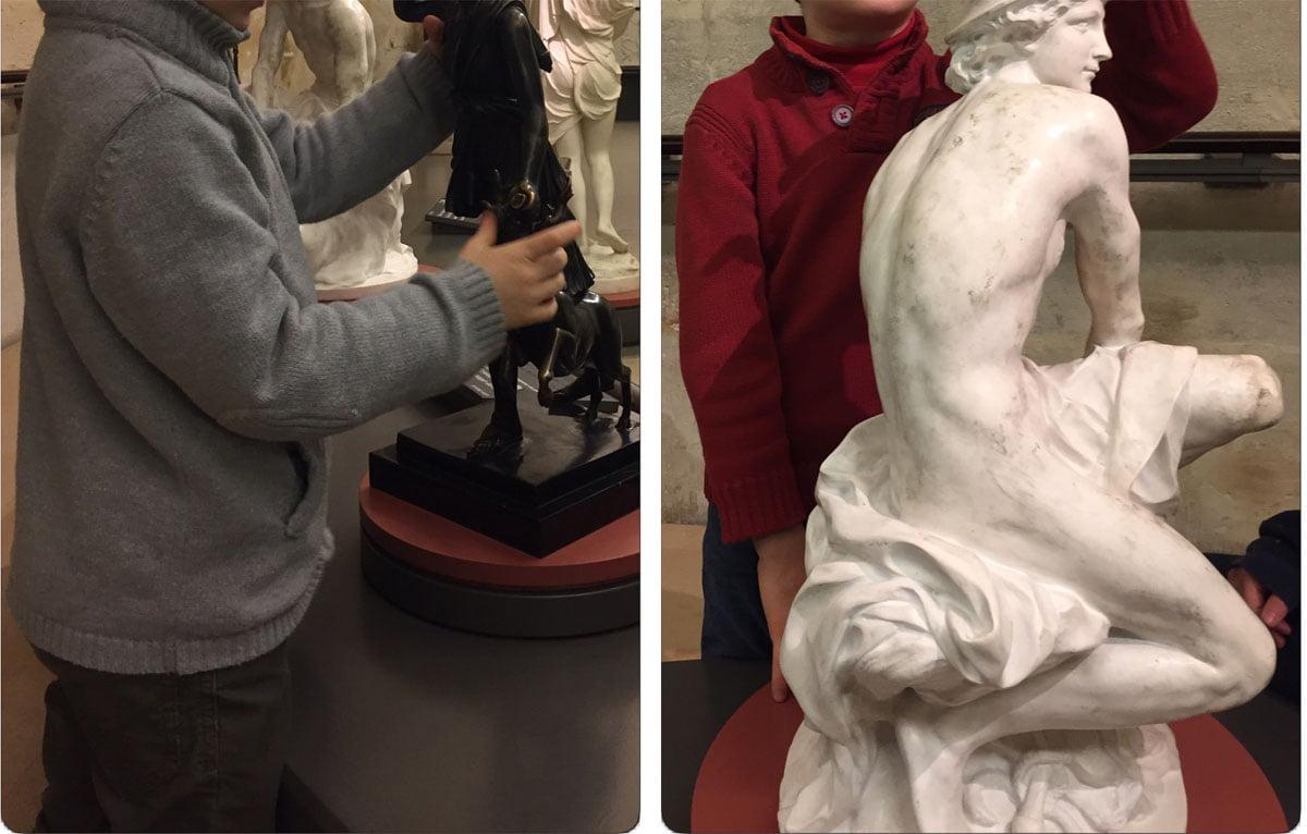 toucher sculpture