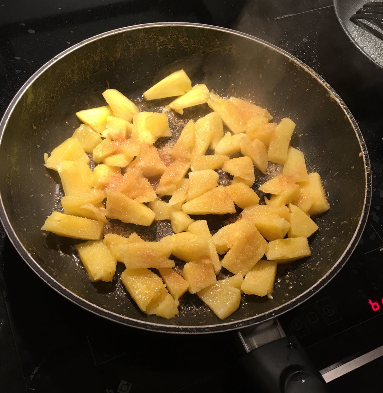 Ananas poêle