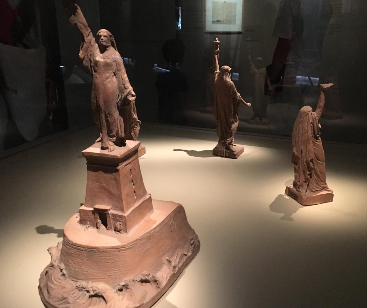 statue de la liberté canal de suez
