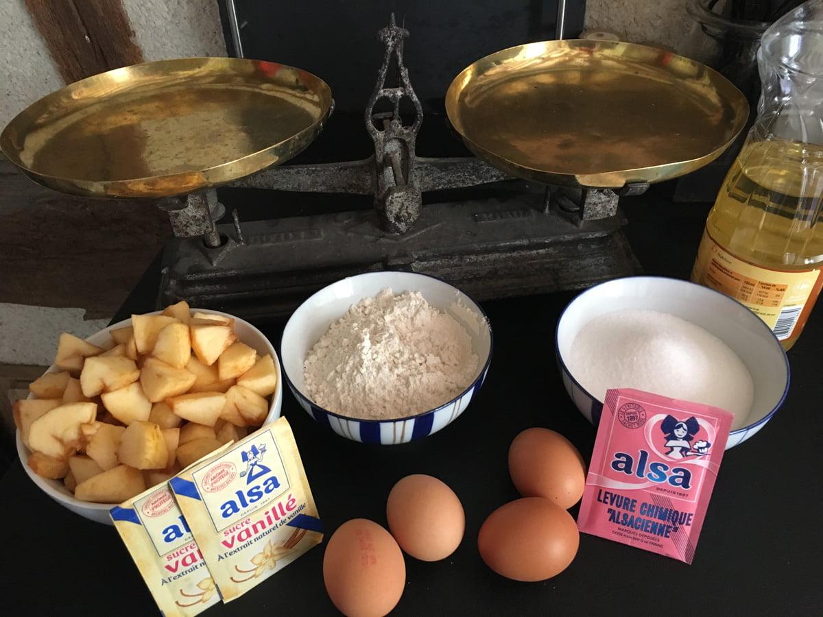 ingrédients pour préparation moelleux aux pommes